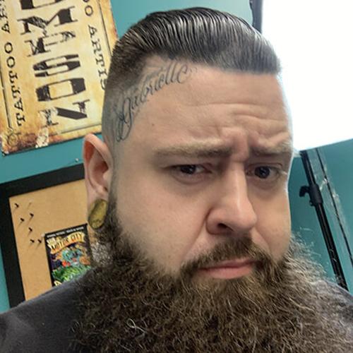 Cali Thompson Profile Photo