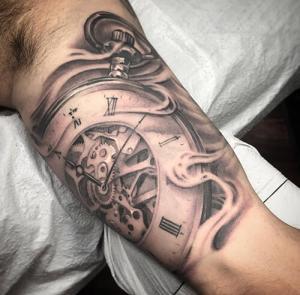 011519-splash-of-color-tattoo-jon-leathers-tattoo-portfolio-25